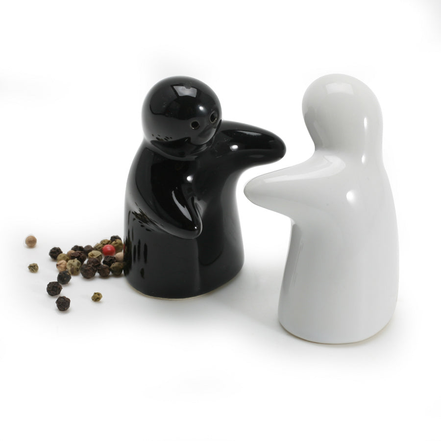 BIA Huggers Salt & Pepper Set