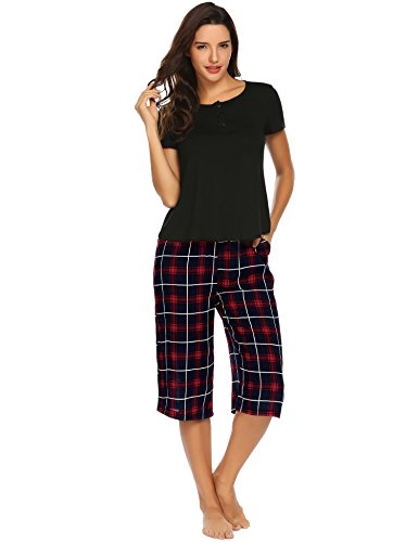 Ekouaer Women's Pajama Set Sleepwear Short Sleeve Top and Capri Pants Lightweight Two Piece Pjs