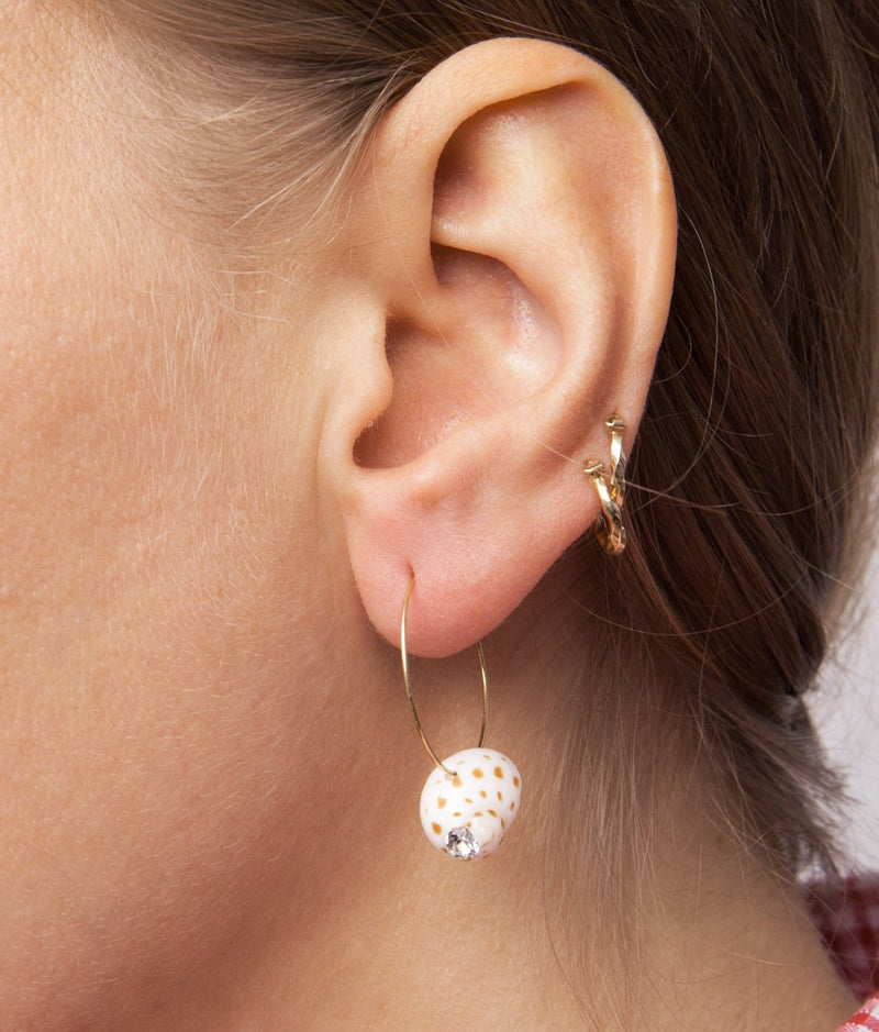 Juicy Shell Earring - Single piece