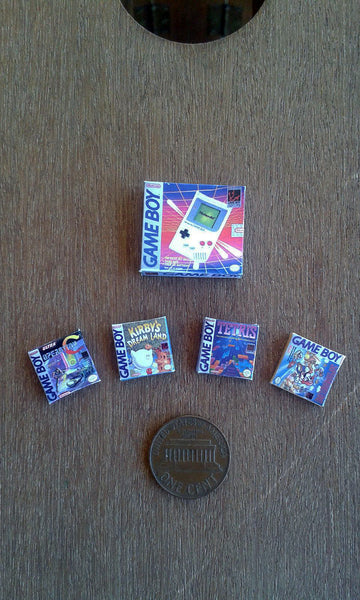 Dollhouse Miniature Gameboy box + 4 game boxes (1:12 scale)