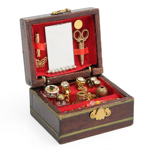 jewelry for dollhouses