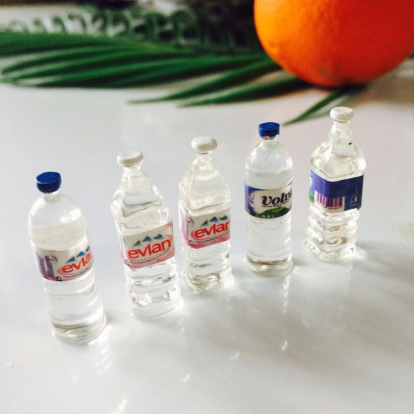 1:12 scale dollhouse miniature water bottles