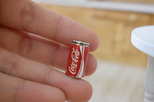 1:12 scale Dollhouse Miniature Coca Cola Cans (6 pcs)