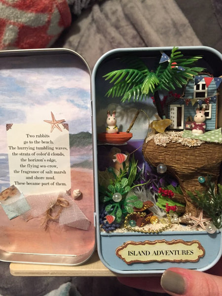 Island Adventures Miniature DIY Theatre Box