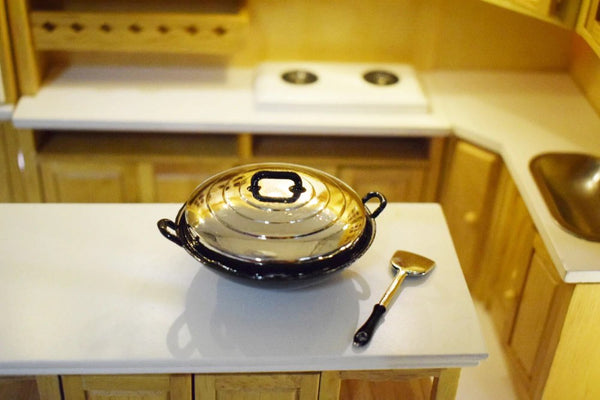Miniature Dollhouse Chinese Wok