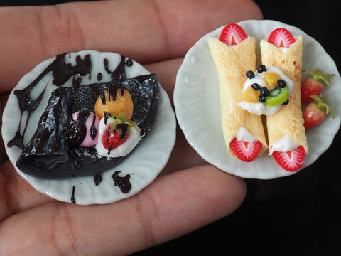 Miniature Crepe Cold Fruit and Charcoal Crepe