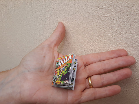 1:6 Miniature Hulk Comic Replica