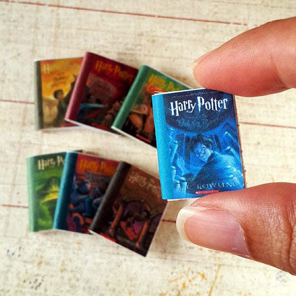 Miniature Harry Potter Books 1:12 scale