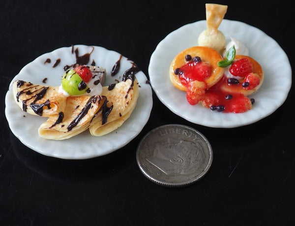 1/12 scale Dollhouse Miniature Crepes and Pancakes