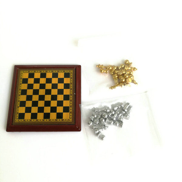 1:12 dollhouse miniature chess set