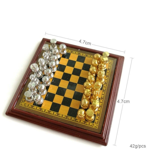 1:12 dollhouse miniature gold silver chess