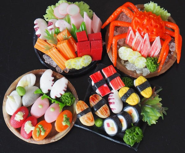 1:6 Dollhouse Miniature Sushi and Sashimi (4 plates)