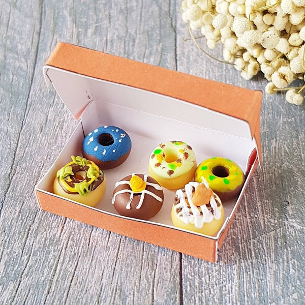 1:10 scale dollhouse miniature donuts box