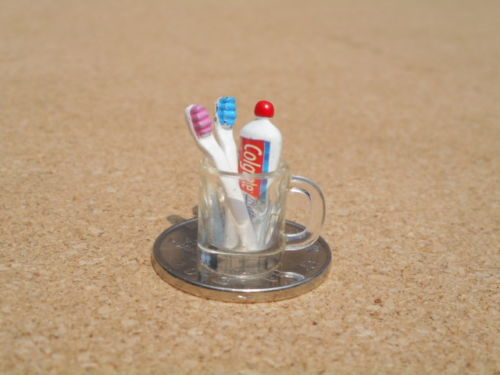 1:12 Bathroom Dollhouse Miniature Toothbrush, Toothpaste and Cup