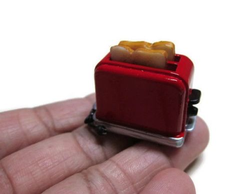 1:12 Dollhouse Miniature Bread Toaster