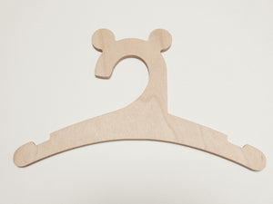 "wooden hanger ""bear"""