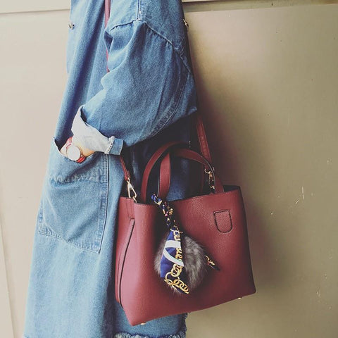 Hand Bill Of Lading Shoulder Bag With Silk Scarf