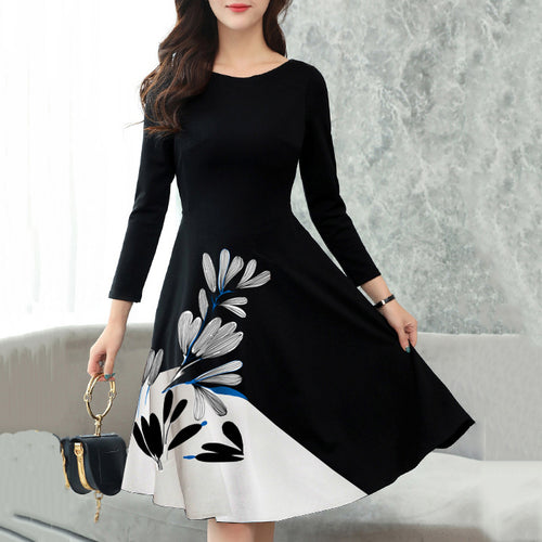 Majorgous Round Neck Bust Darts Floral Skater Dress