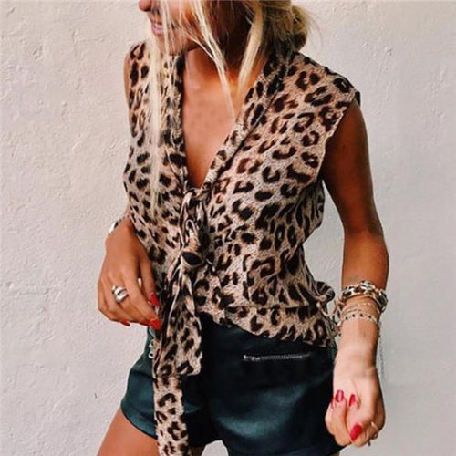 V Collar Sleeveless Leopard Print T Shirt