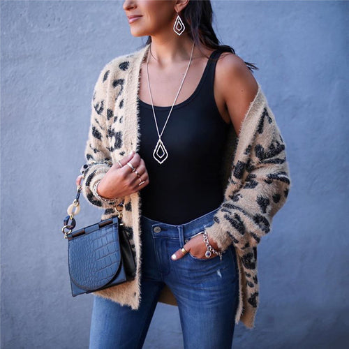 Leopard Print Long Sleeve Knit Top
