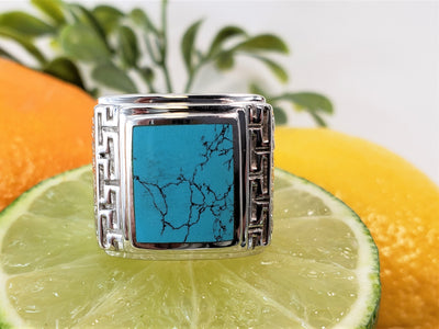 Sterling Silver Ring w/Turquoise center