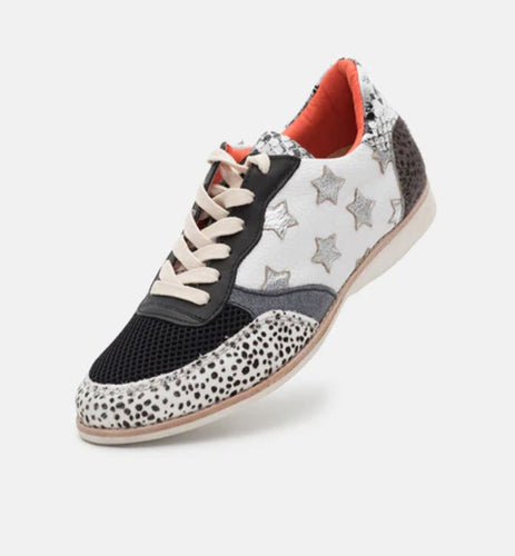 Trainer - Available in Wild Star & Rose Leopard