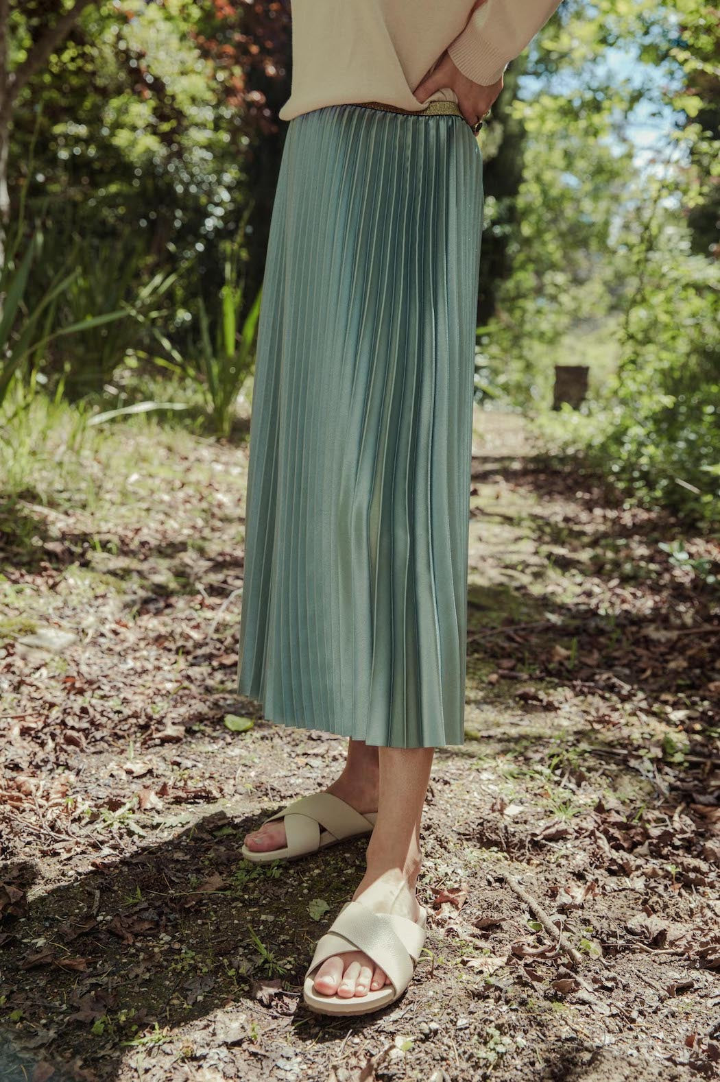 Pleated Satin Skirt Frosty Green