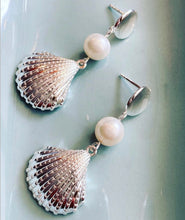 Load image into Gallery viewer, CONCH EARRINGS - PETITE - Sarah Stretton