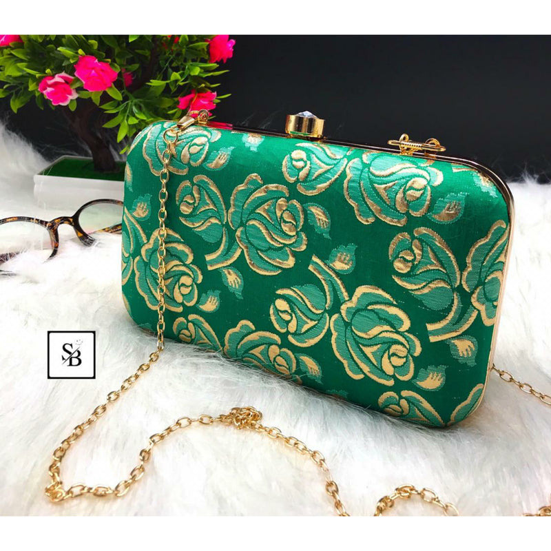Weeding Clutch With Chain Strap - Green