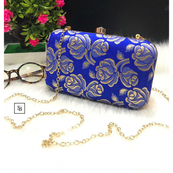 Weeding Clutch With Chain Strap - Blue
