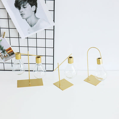 Minimal Chic Lightbulb Vase