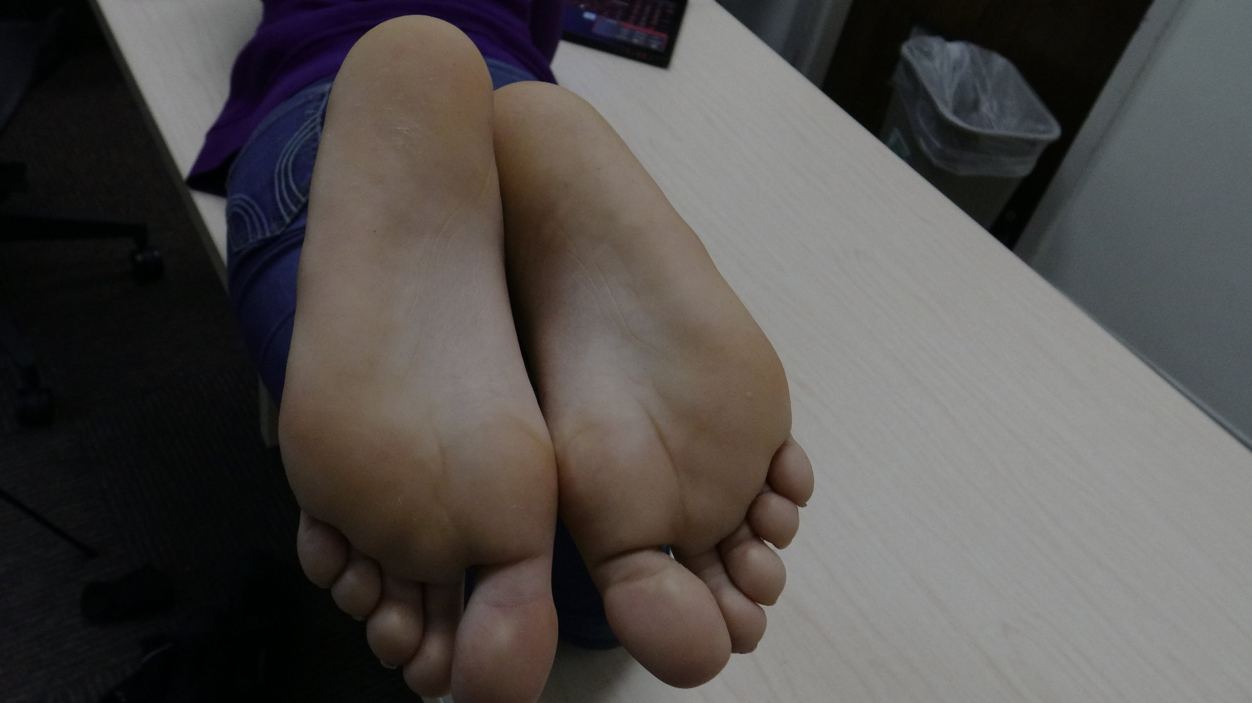 Egyptian Grace's Ticklish Wide Size 7 Candid Feet Soles Part 2 Video Duration 4 minutes 4K Quality