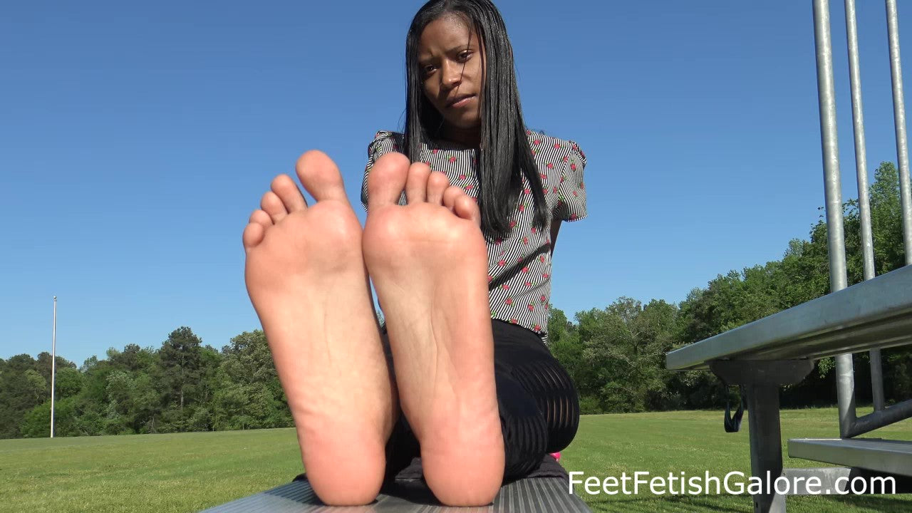 Lucy's African-American Candid College African American Feet Toes & Soles 4K Duration 9 Minutes Part 1