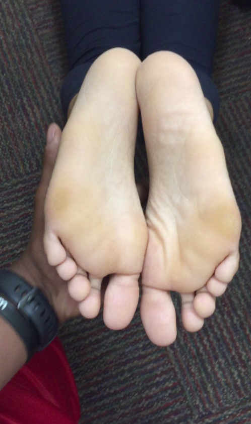 ebony feet soles long toes and soles big stinky beautiful dry feet foot folding curling toes curled toes toe nail foot fetish barefoot young college ebony pretty feet cum candid xhamster pornhub clips4sale