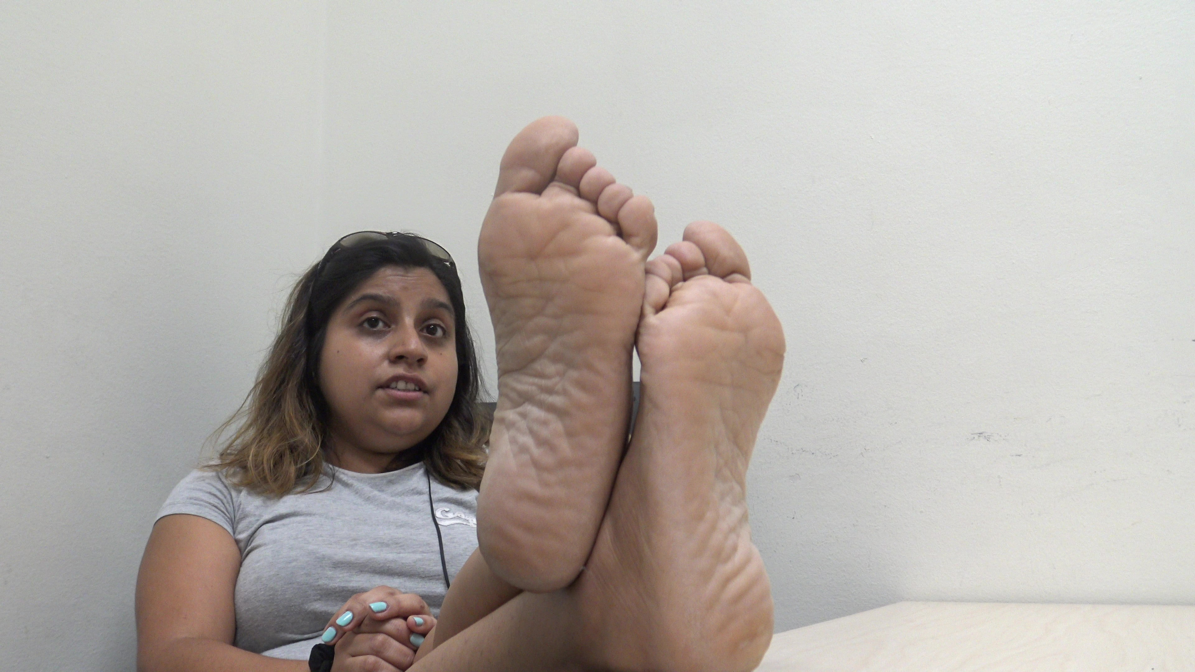 Marissa Latina Young Latina College girl feet and young girl feet Part 1