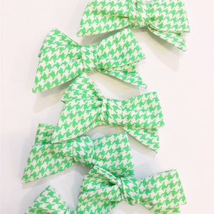 Lime Houndstooth | Bow