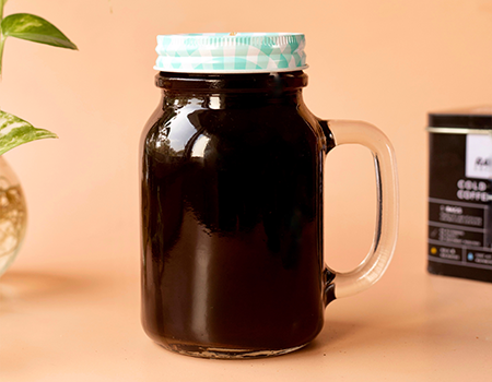 Over night cold brew coffee in a jar