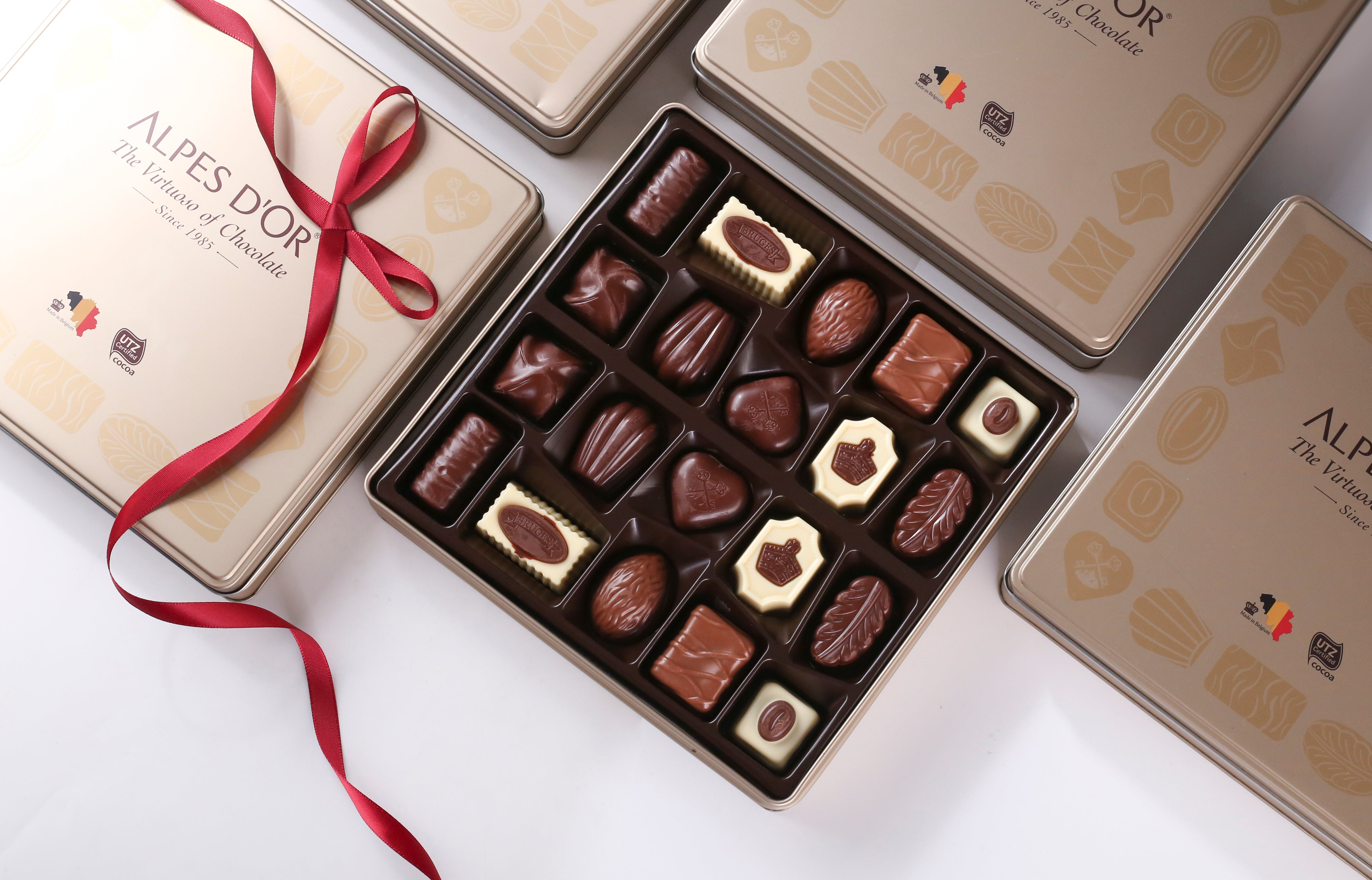 Alpes d'Or 20 piece luxury (gold) Belgian Chocolate selection