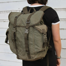 Load image into Gallery viewer, German Army Mountain Backpack