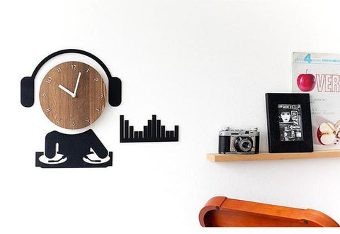 A cool DJ wall clock