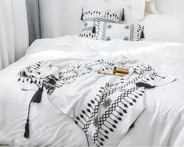 Cecilia Knitted Tassel Throw-Heart N' Soul Home