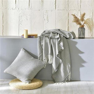Tessa Knitted Throw Grey Large ( 130 x 220cm )-Heart N' Soul Home-Grey-130*(200+10*2 tassels)cm-Heart N' Soul Home