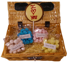 Load image into Gallery viewer, 'I Love You' Bon Bon Sweet Hamper