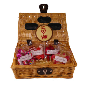 'I Love You' Chocolate & Sweet with Love Hamper