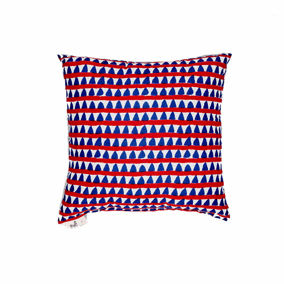 Le Petit Lucas Du Tertre Cushion with Filler - Triangles