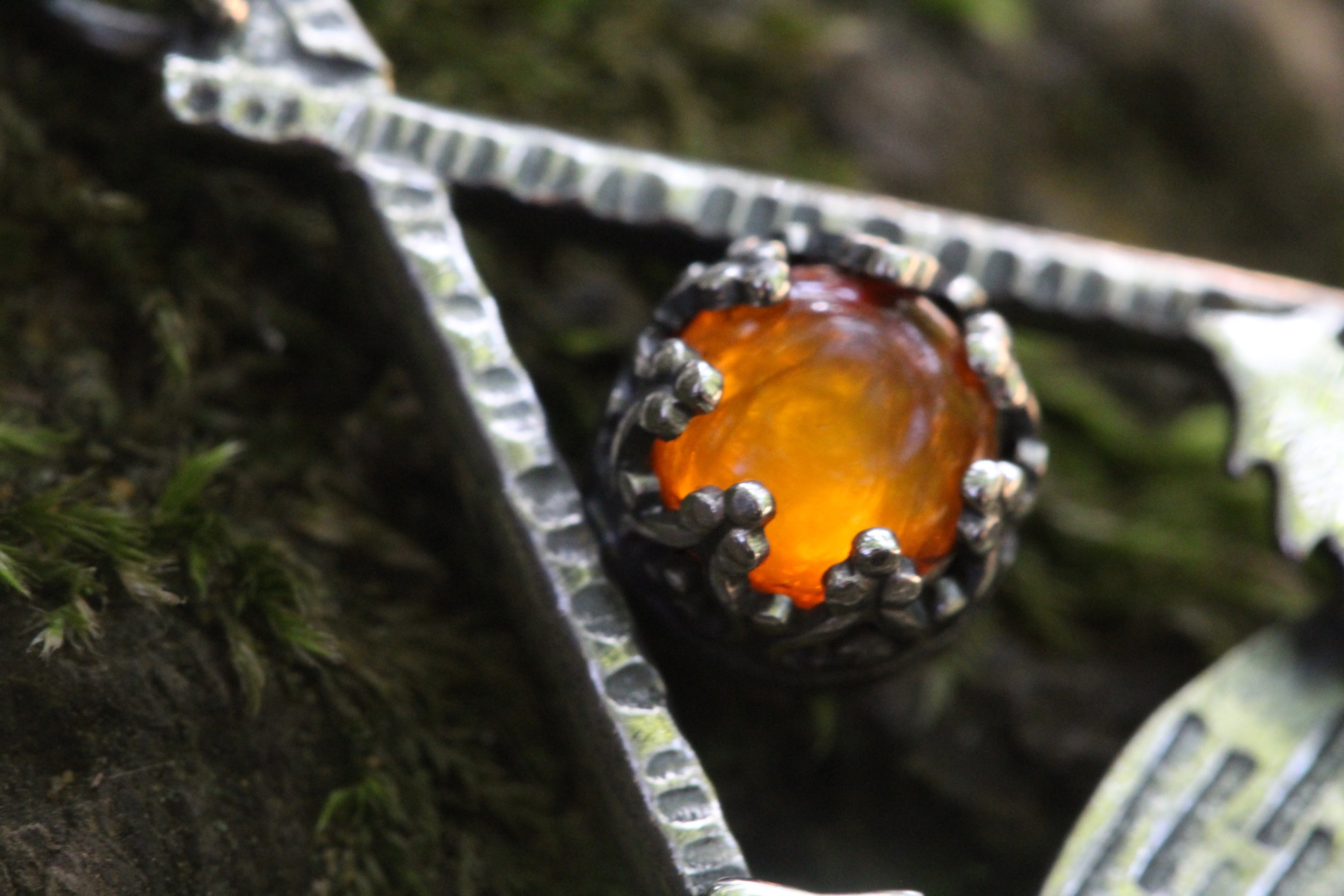 PRIMAL FIRE Necklace with Amber