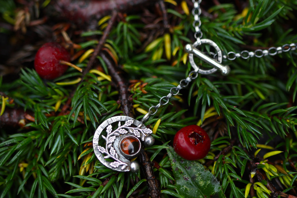 MOONFIRE Sterling Silver Necklace with Amber
