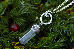CLEAR WATERS Sterling Silver Necklace with Clear Quartz