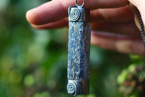 SACRED WATERS Sterling Silver Necklace with Blue Kyanite