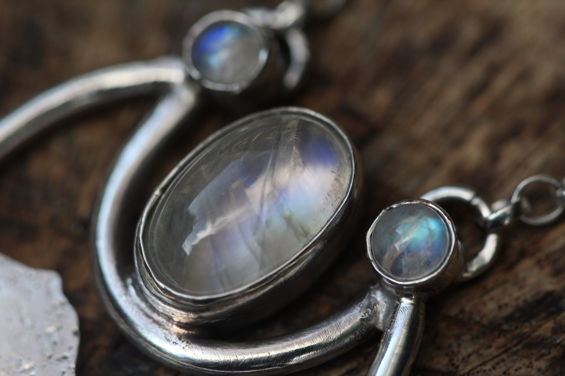 MOONGLOW Sterling Silver & Rainbow Moonstone Necklace